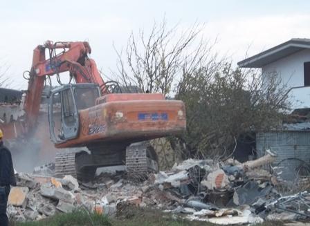 Ardea - demolizione - Foto di repertorio